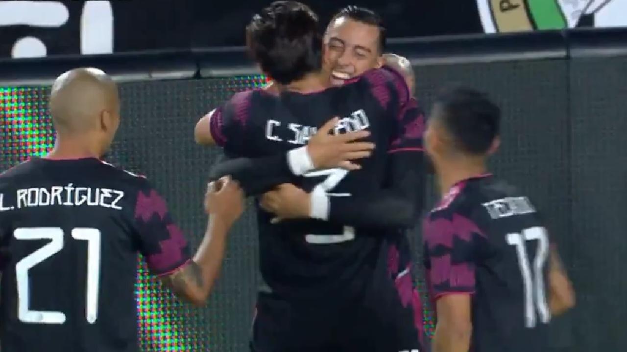Así fue el primer gol de Rogelio Funes Mori con la Selección Mexicana