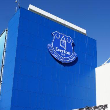 Premier League: Everton separa a futbolista del primer equipo por presunto acoso sexual a menores