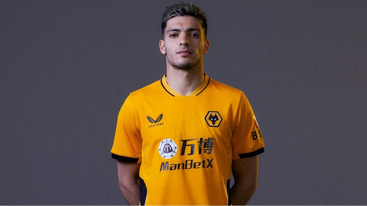 Raúl Jiménez uniforme Wolverhampton
