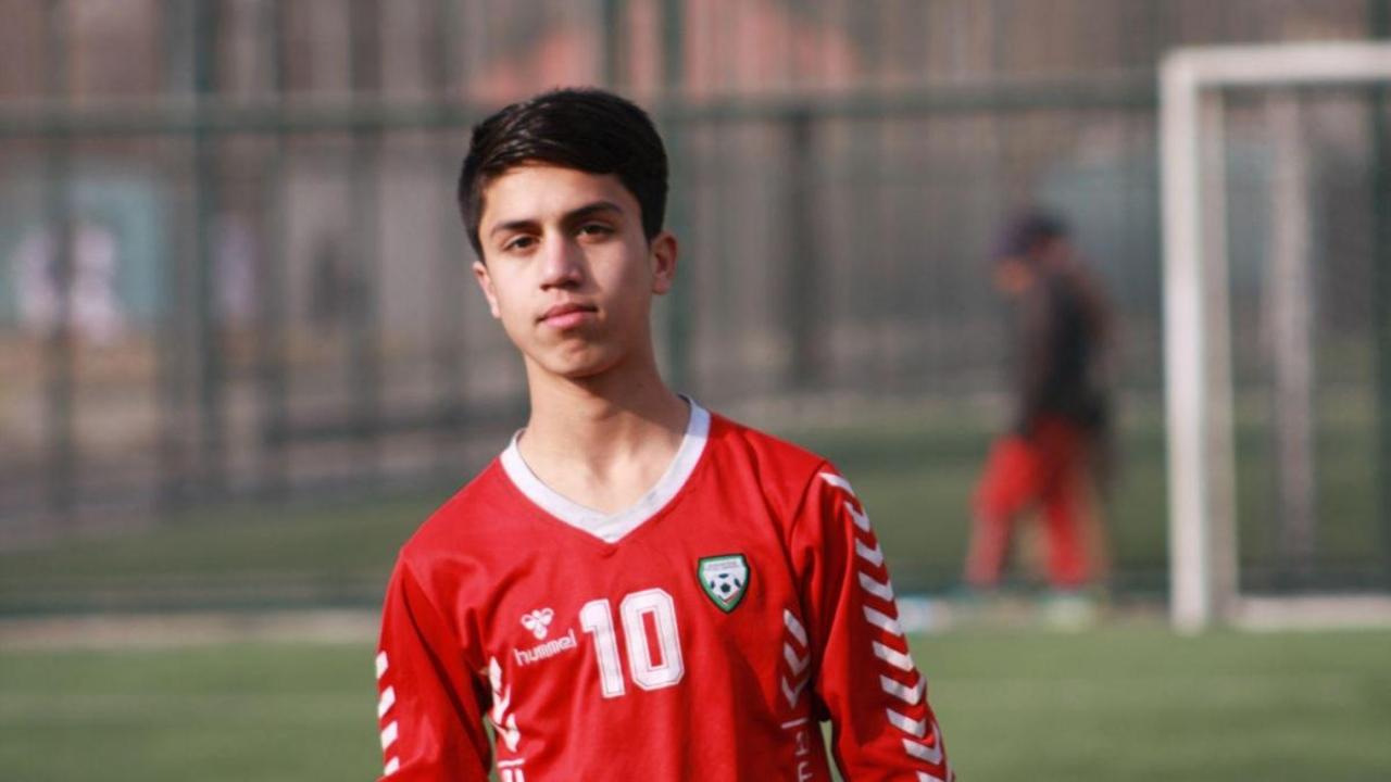 Zaki Anvari muere futbolista Afganistán
