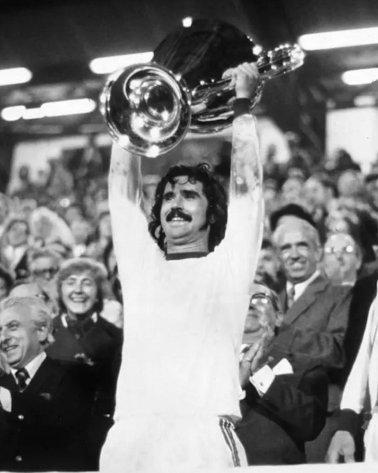 Murió Gerd Müller, histórico delantero de la selección alemana y la Bundesliga