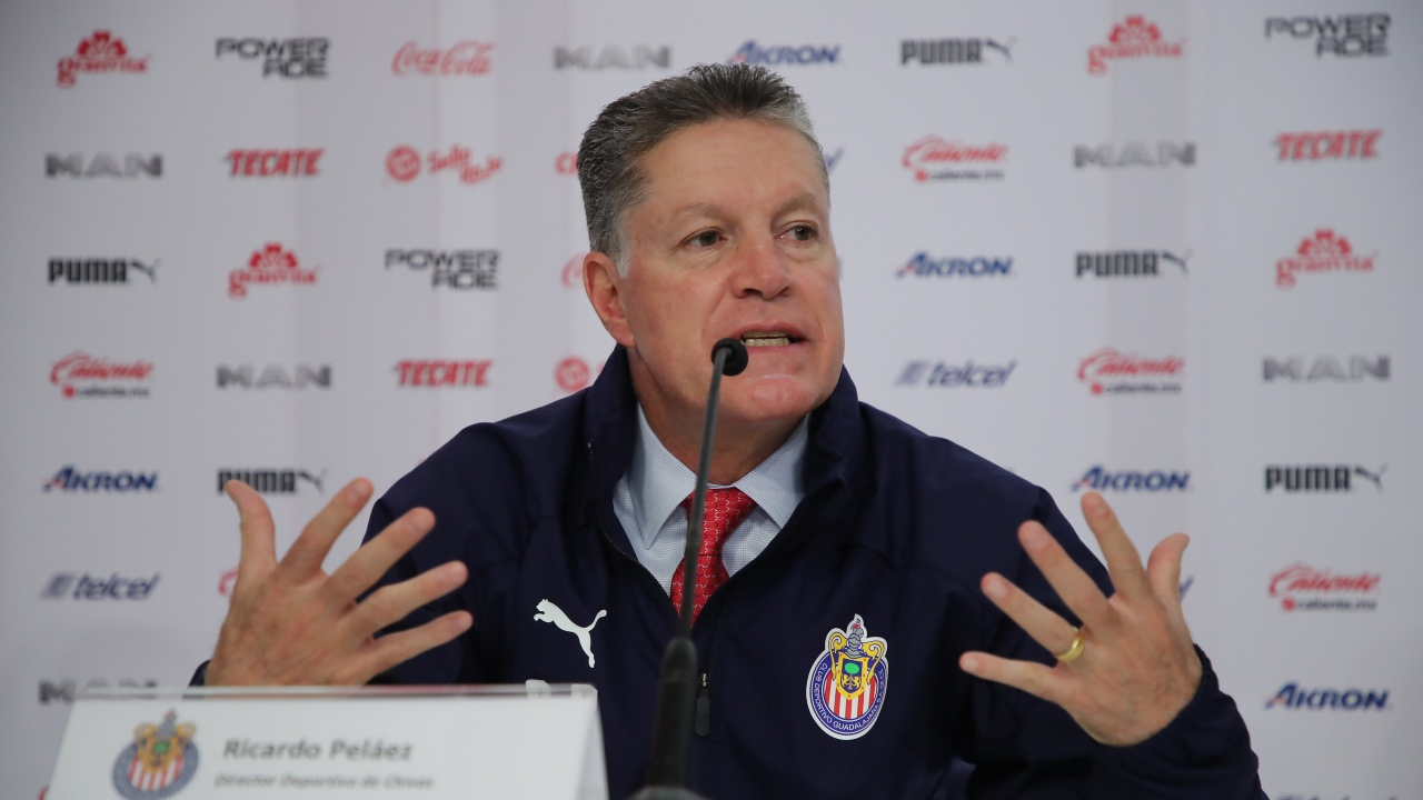 Chivas Ricardo Peláez respaldo