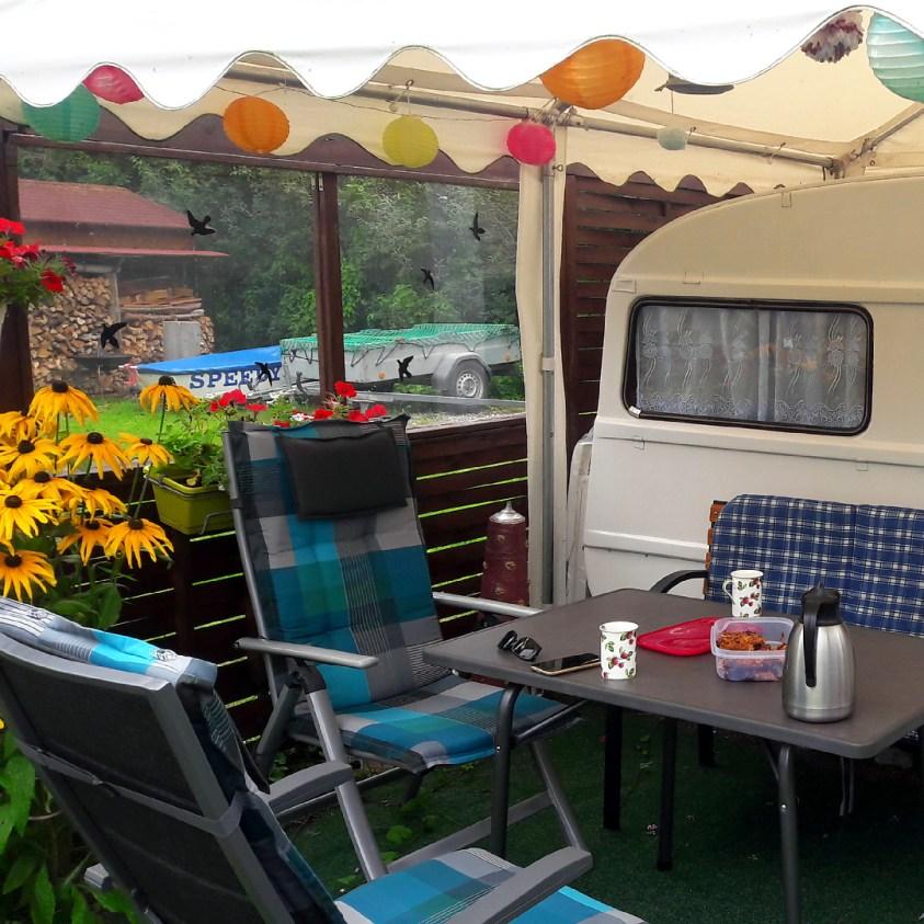 Digitales Nomandentum - Arbeiten auf einem Campingplatz direkt am See
