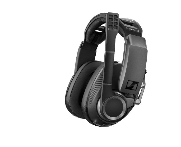 GSP_670_Headset_Isofront_RGB_red
