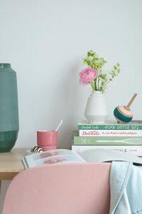 hella-duijs-keramiek-liesje-vaas-voor-losse-bloemen-