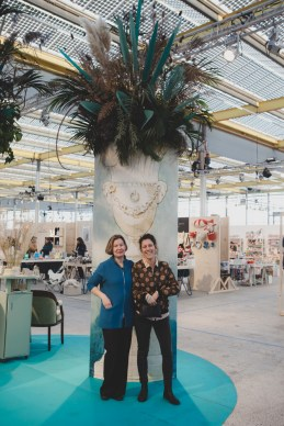 Veld en vaas makartt moderns let's start a flower movement op Showup 2019 trends op home and gift beurs blog