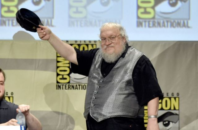 George-RR-Martin-Thrones-Comic-Con_LNCIMA20140725_0093_29