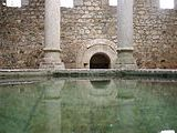 180px-Spain.Girona.Banys.Arabs.Apodyterium.01
