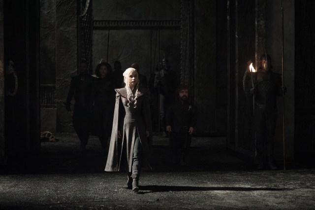 daenerys-tyrion-missandei-varys-grey-worm-2