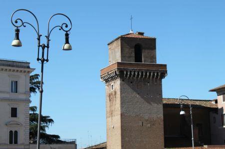 vor San Pietro in Vincoli (St. Peter in den Ketten)