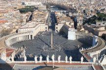 Blick auf den Piazza San Pietro (Petersplatz)