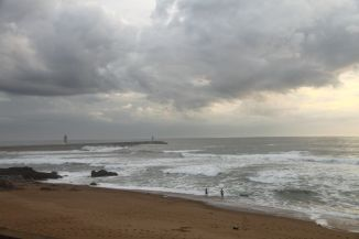 Der Atlantik-Strand von Porto