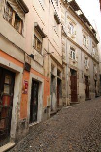In Coimbra geht es (gefühlt) immer bergauf und selten bergab! ;-)
