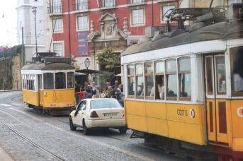 Tramfahrt mit der Linie 28 für Touristen (Yellow Bus)