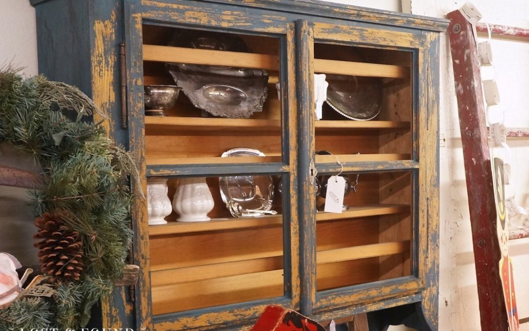 Milk Paint Cabinet Hutch { Furniture Makeover }