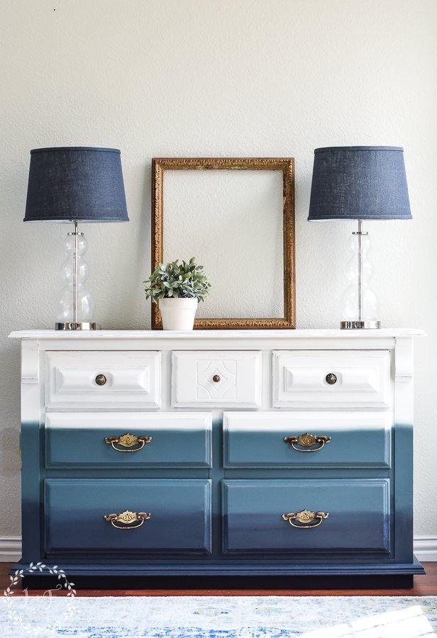 Paint-with-a-Blended-Ombre-Finish
