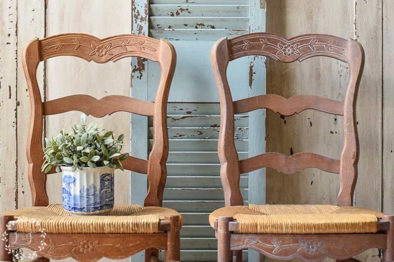 How to Make Pine Furniture Less Orange with Fusion's Liming Wax { Pickled Pine Chairs }