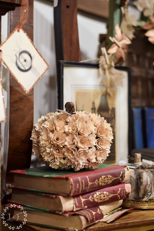 fall antique booth displays 4