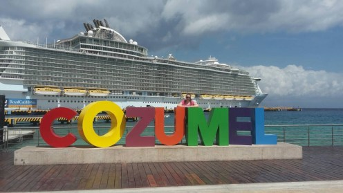 RoyalCaribbean-Oasis-Cozumel-Mexico-Sign