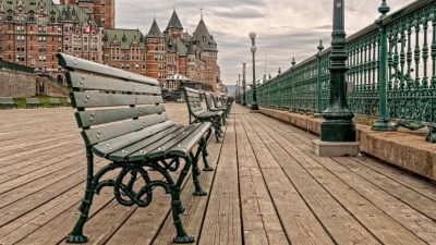 boardwalk in front of Château Frontenac
