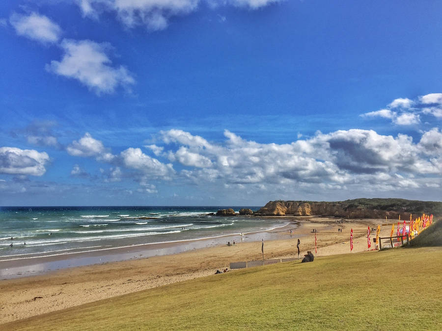 torquay-beach-rocks-australia
