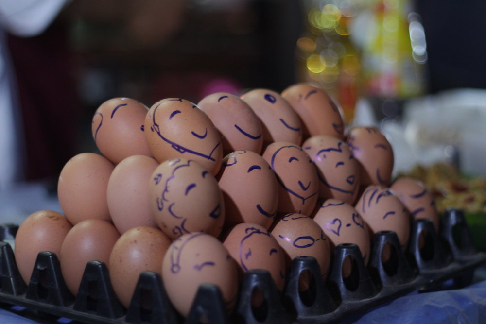 eggs-in-chiang-mai-sunday-walking-street