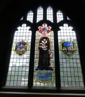 Stained-glass window depicting actor Edward Alleyn (and Fortune Theatre)
