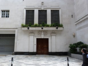 Mercers' Hall and Becket Chapel