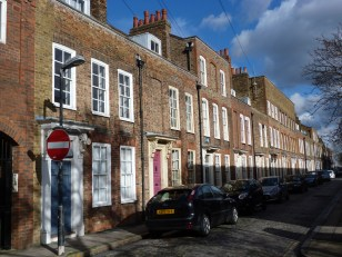 6-eighteenth-century-houses-albury-street