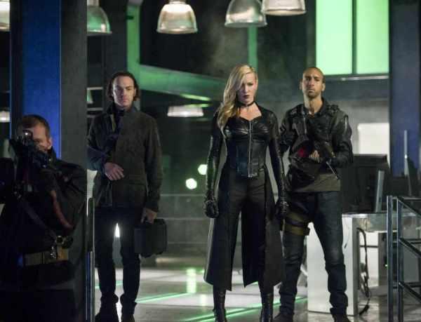 Сериал Стрела 1-8 сезон 1 серия смотреть онлайн в HD 720 ...