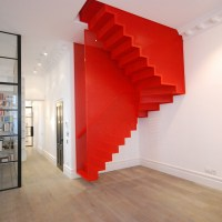Hanging Stairs Defy the Law of Gravity