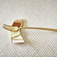 Broken Ceramics Turned Into Beautiful Utensil Holder