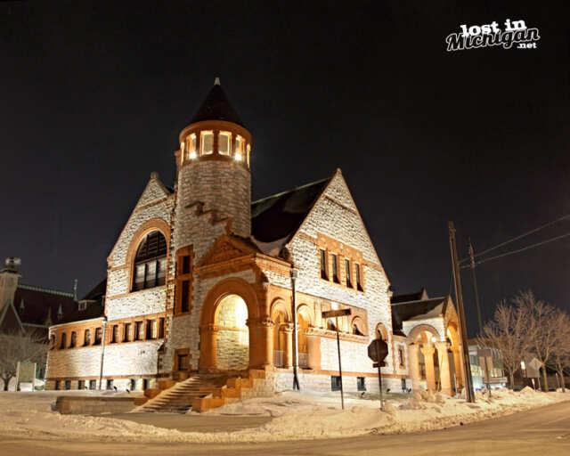 Hoyt Library Saginaw Michigan