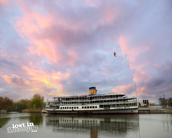 Boblo Boat Detroit Michigan
