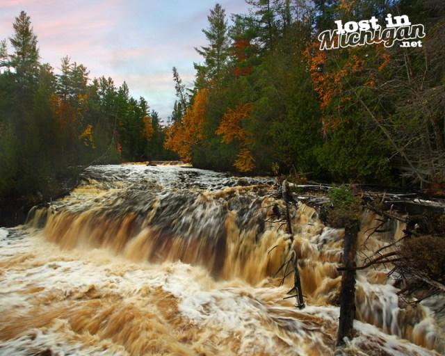 lower-tahquonomon-falls