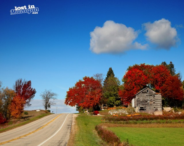 Michigan Autumn barn