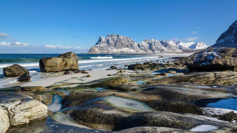 Nationaal Toeristische Routes - Uitzicht over de wereldberoemde eilandengroep Lofoten