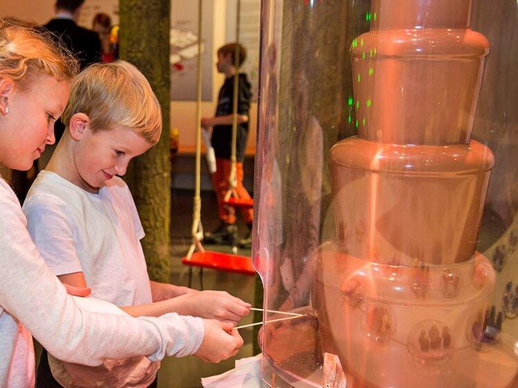 Chocolate fountain at Chocolat Frey