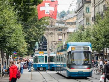 Tram at Bahnhhofstrasse in front of Zurich Main Station