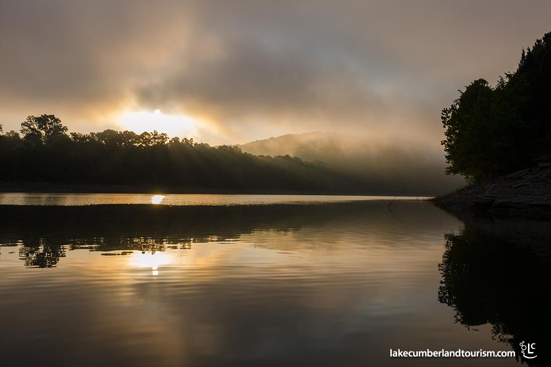 Lake-Cumberland-sunrise-by-William-Cox_COX2172