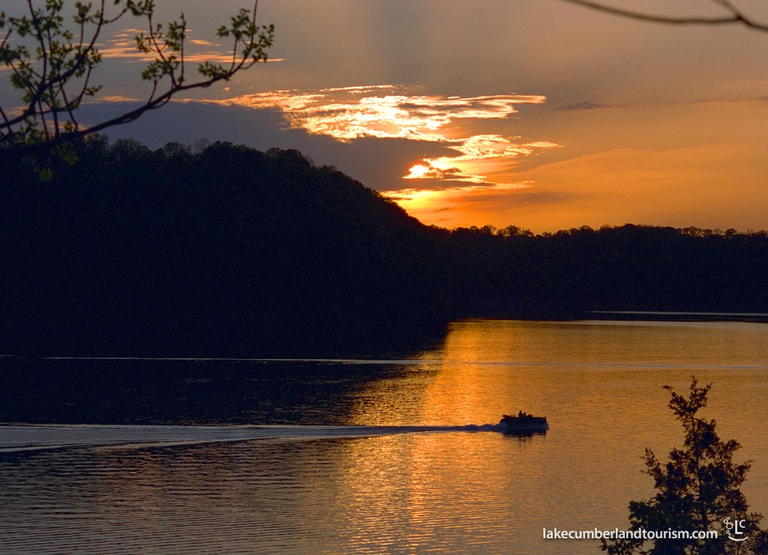 lake_pontoon_sunset_1100_IMG0003