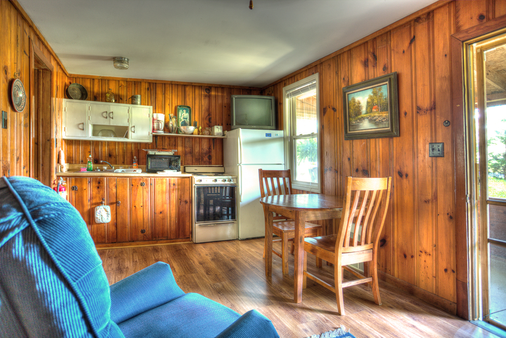 When you book a fun get-away to a Lake Cumberland cabin at the Lost Lodge Resort, you're in for real lakeside bliss.