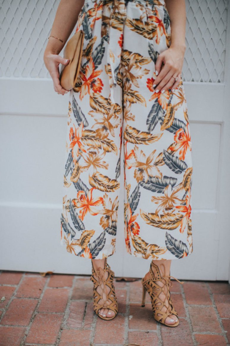 How to wear tropical print culottes