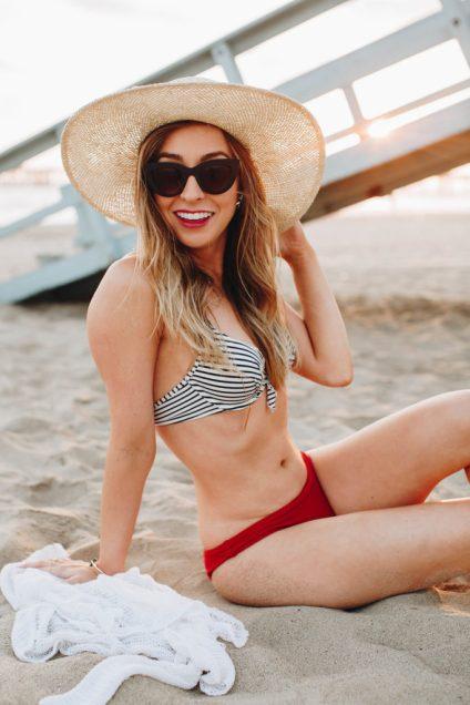 Retro summer style, striped bikini and Quay cat eye sunglasses