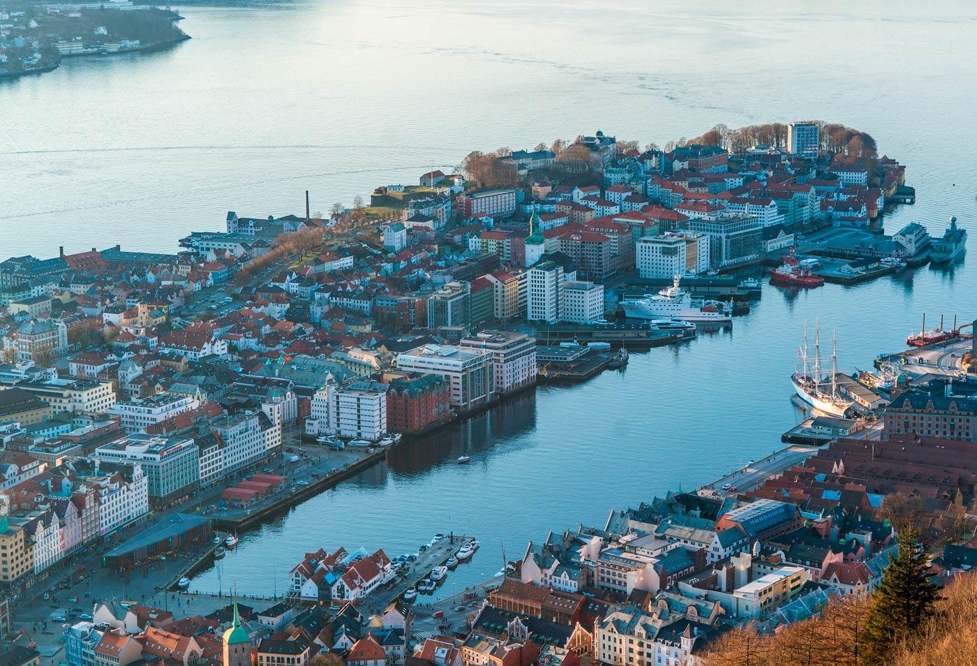 ir del aeropuerto de Bergen al centro