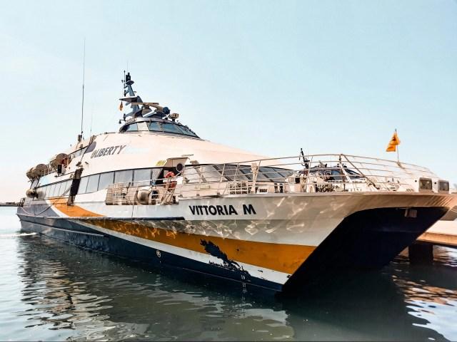 Gli aliscafi della Liberty Lines sono il metodo migliore per arrivare sull'isola