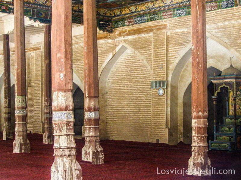 sala de oraciones del mausoleo Abakh Khoja