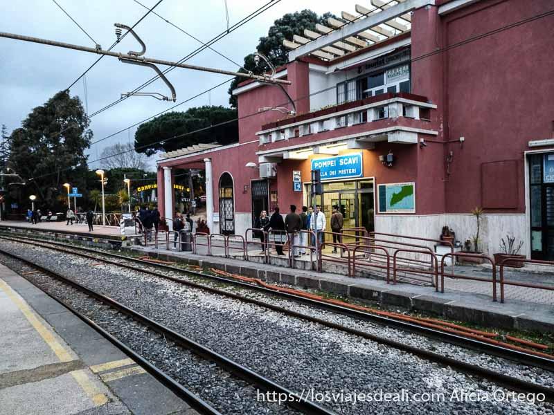 estación de tren de pompeya