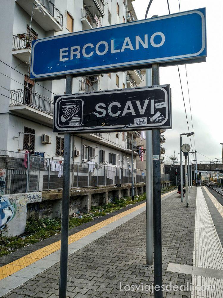visita a Herculano estación de tren