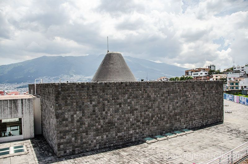 la capilla del hombre museo de guayasamín